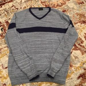 NY Based Men's Blue Sweater